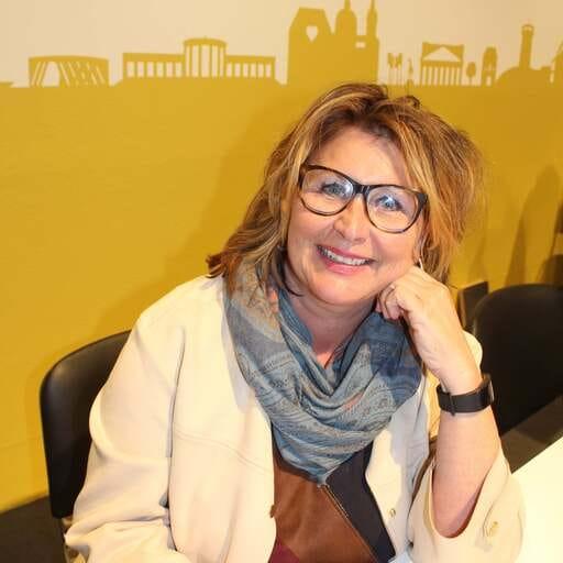 Räumlichkeiten für jeden Anlass - Irit Tirtey – Geschäftsführerin in Aachen