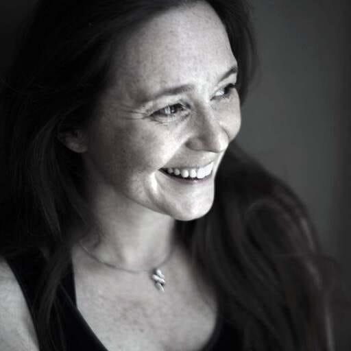 Yoga bewegt Körper und Geist - Christina - Yogalehrerin nahe Bochum